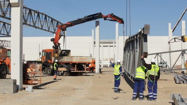 Obras de la nueva fábrica Pikolin